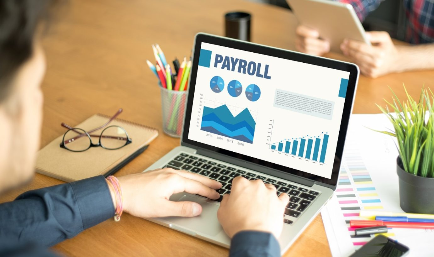 How to Manage Payroll: Is DIY the Best Approach?